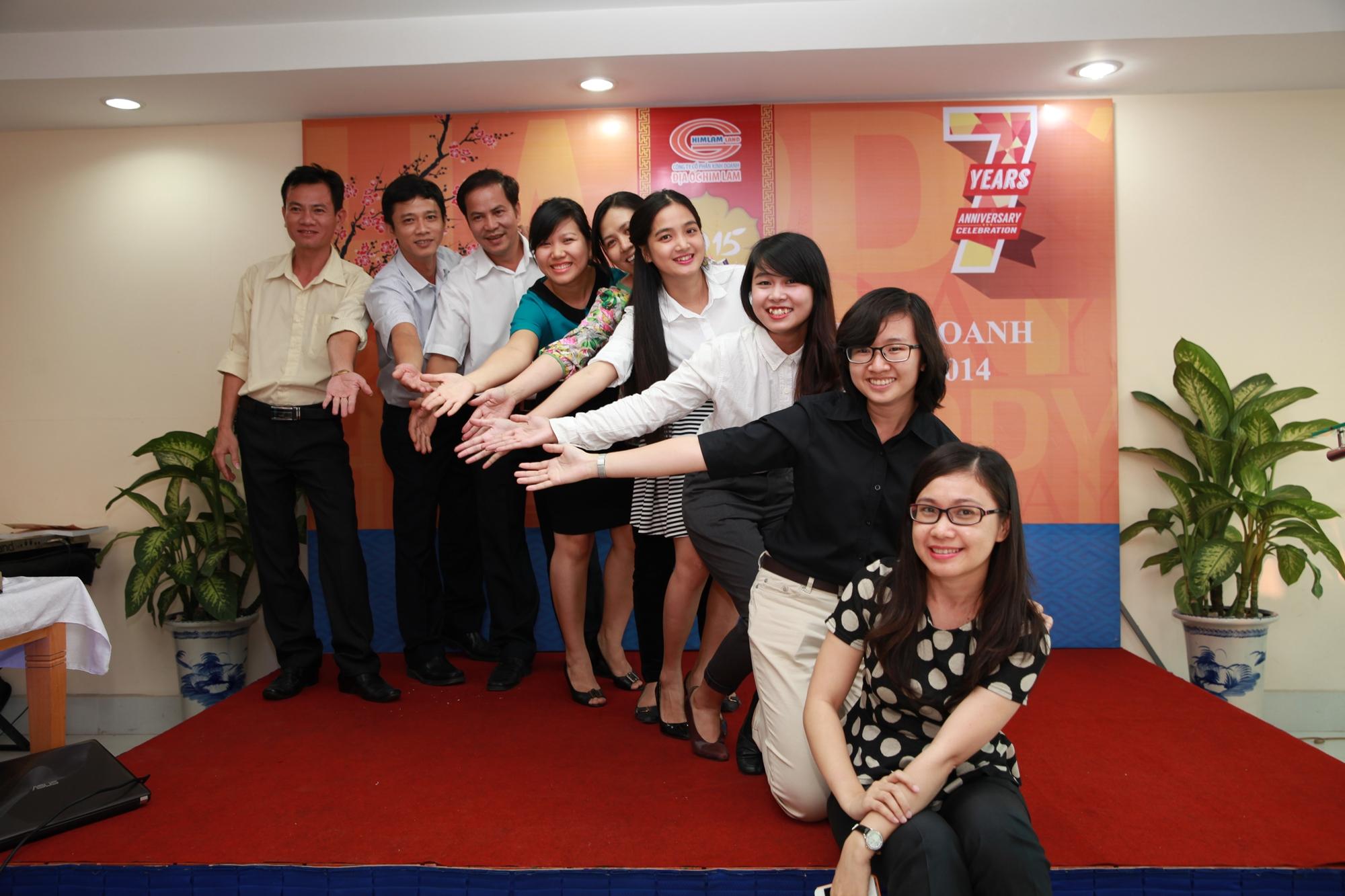 Lễ tổng kết cuối năm Công ty Him Lam Land - Ấm áp như một gia đình