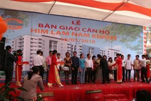 Lễ bàn giao căn hộ Him Lam Nam Khánh